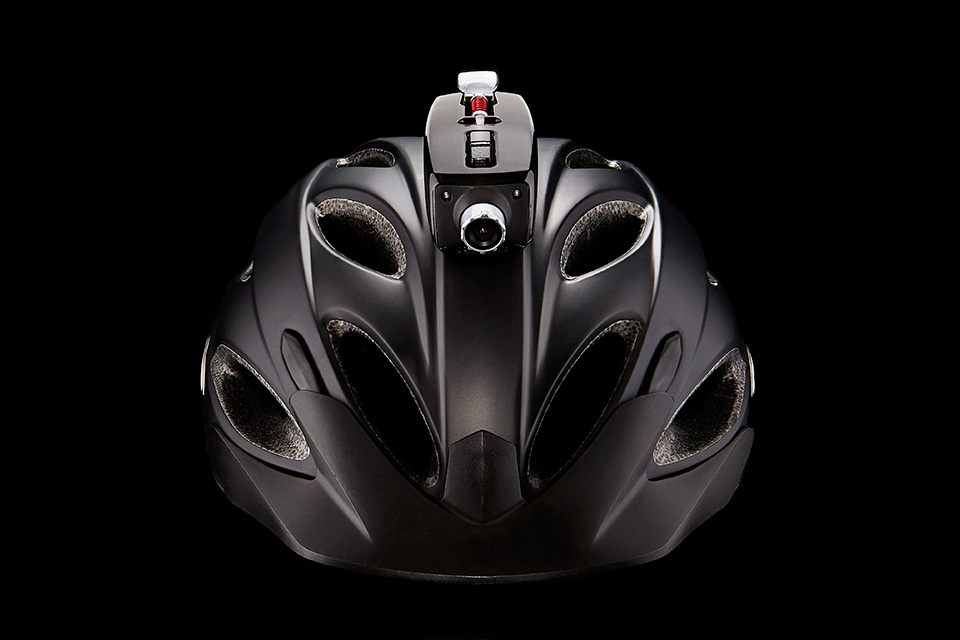 Capovelo Com Fusar Mohawk Action Camera Makes Any Helmet